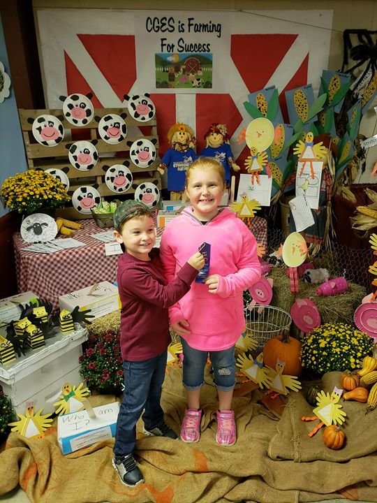 Cerro Gordo Elementary won first place for their booth! Way ...