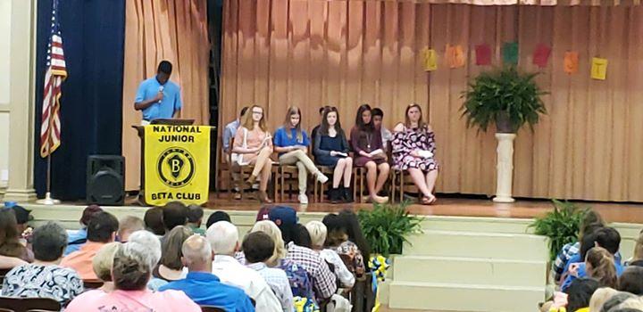 Congratulations to the new Stinger Junior Beta Club members!