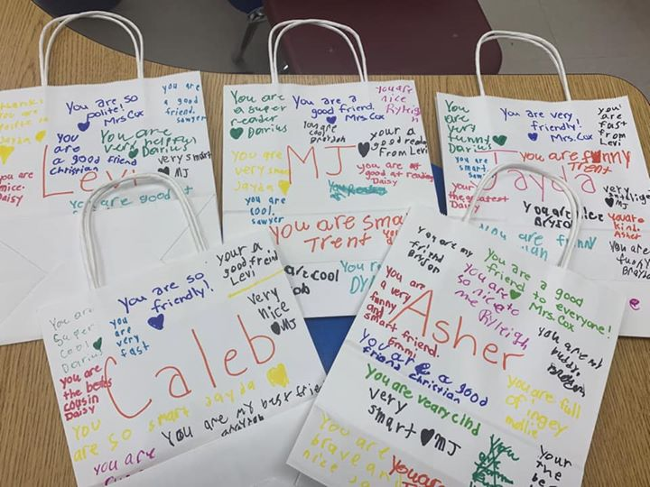 Mrs Tracy Cox 3rd grade class made compliment bags for Valen...